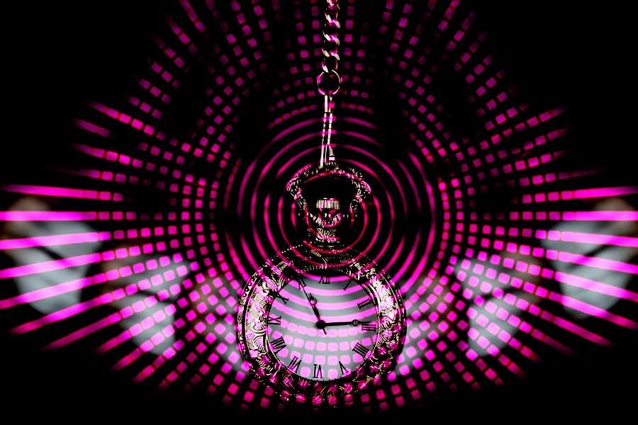 تاثیرات خود هیپنوتیزم و نوع تاثیرات تلقین آن بر ذهن و باورها | متا راز » متا راز